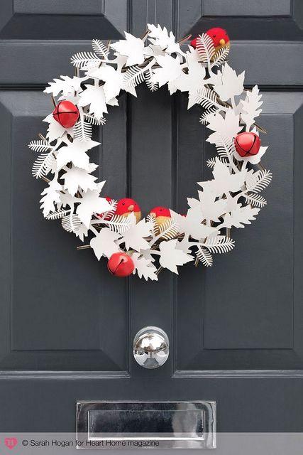 paper winter wreath