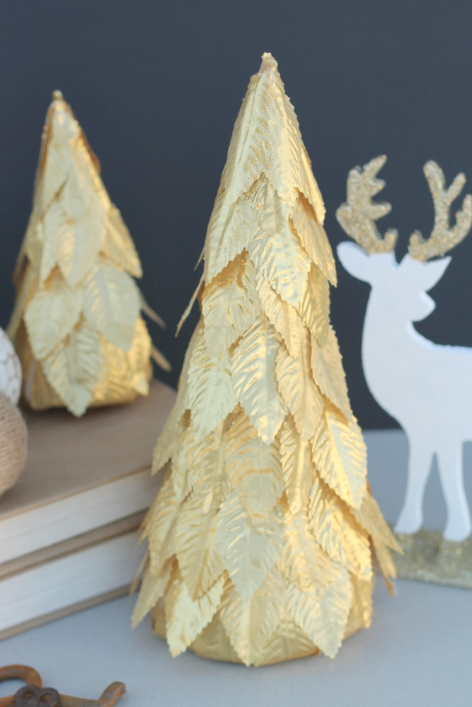 Gold leaf Christmas tree - craftionary.net