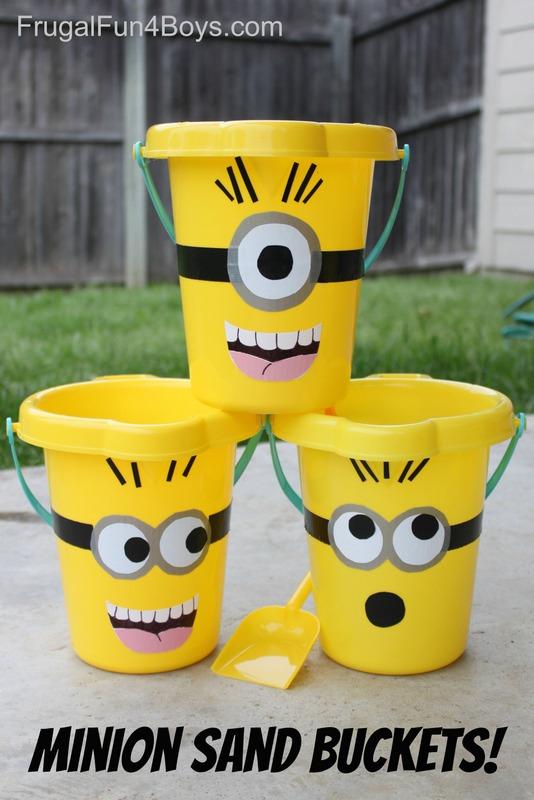 minion sand buckets
