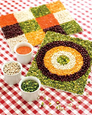 DIY-bean-mosaic-for-kids