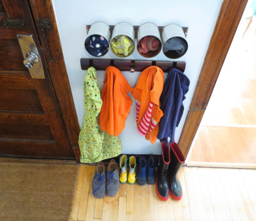 Snow coat and mittens organizer