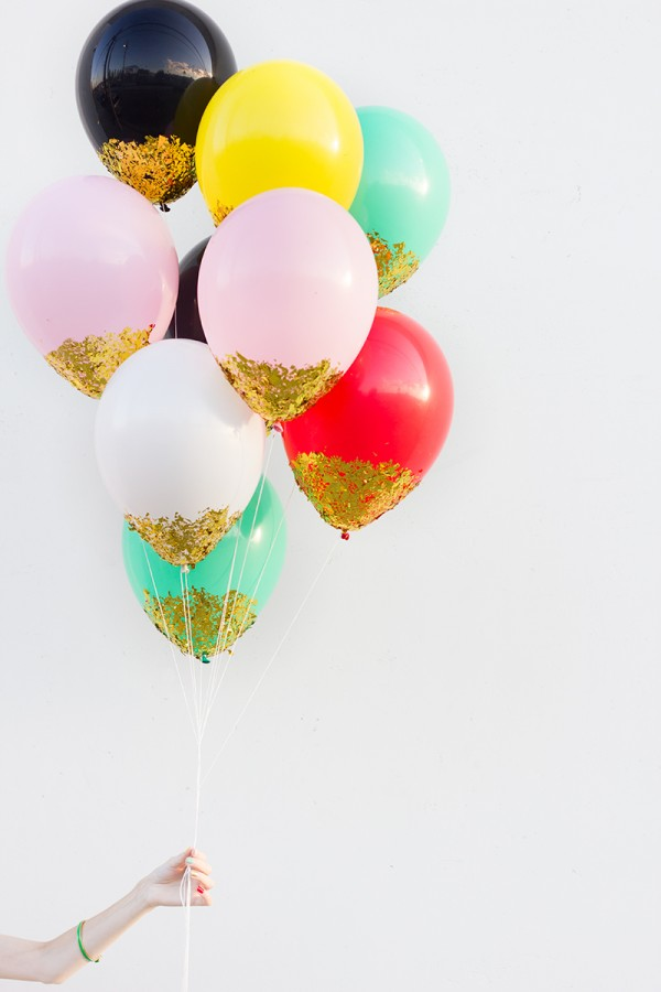 confetti dipped balloons diy