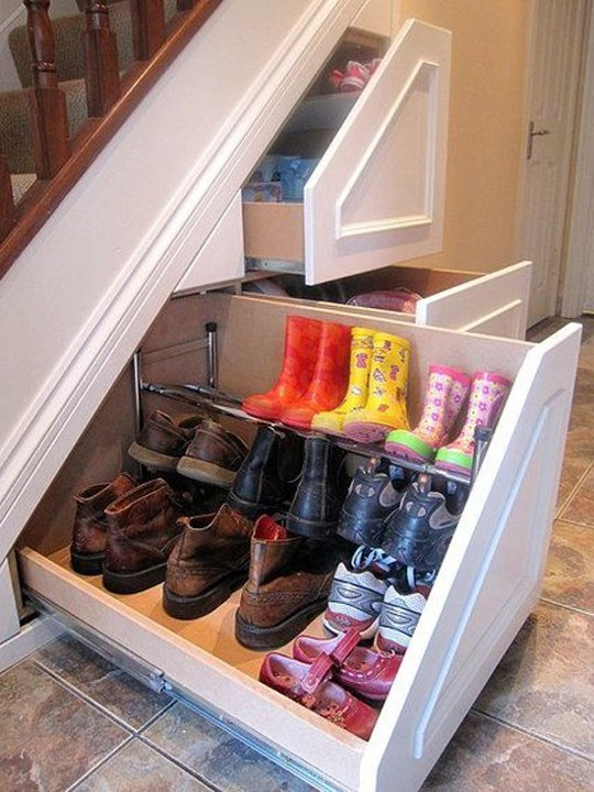 winter shoe storage solution