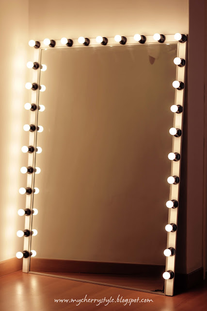 DIY hollywood mirror with lights DIY wall mirrors