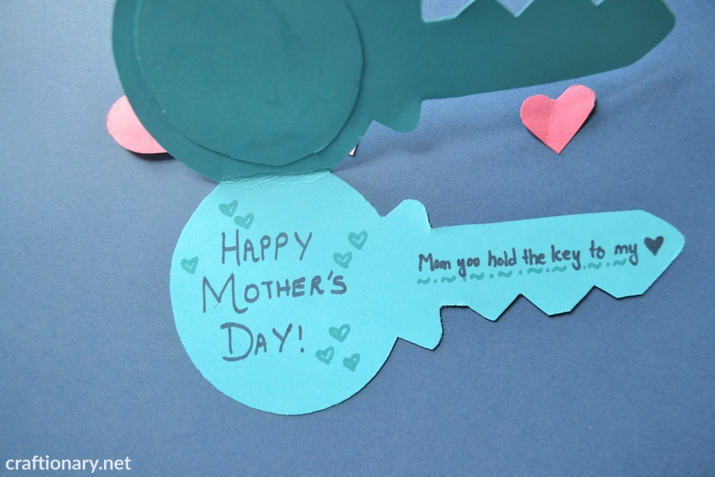 happy-moms-handmade-greeting-mom-holds-my-heart