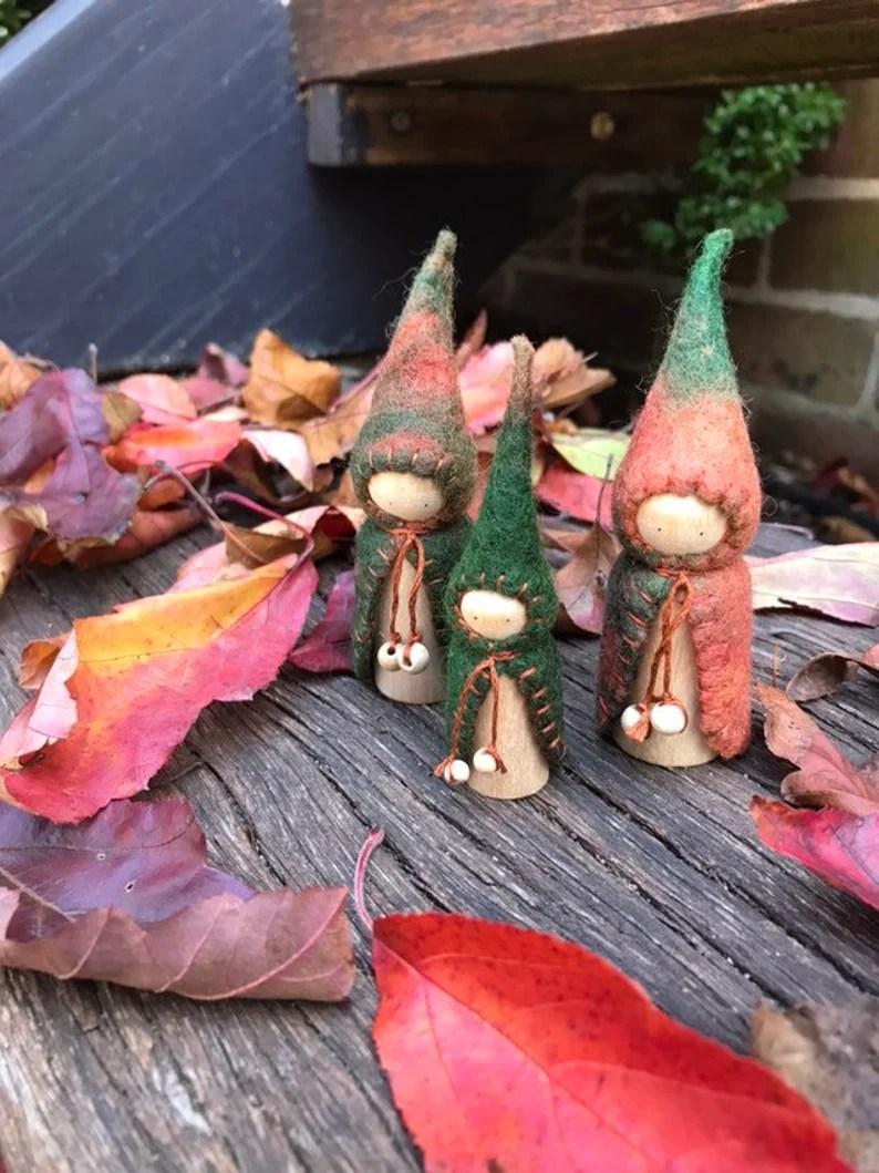 earth-peg-gnomes