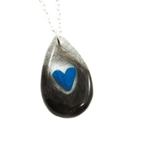 Cremation necklace with birthstone heart