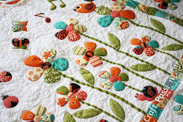 little creatures in sercet garden quilt