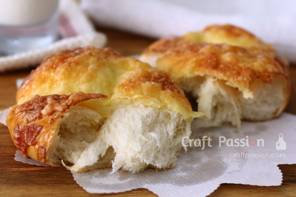 japanese bread cheese top