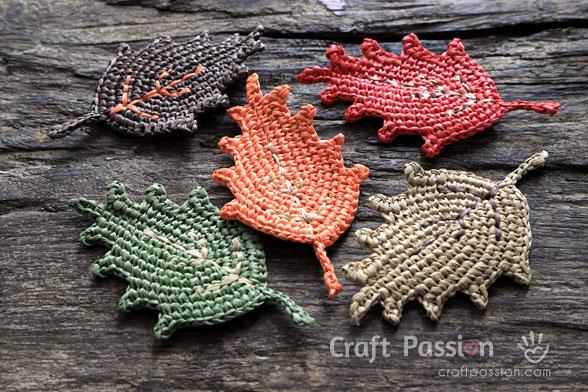 crochet autumn leaf