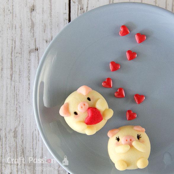 valentine pig cookie