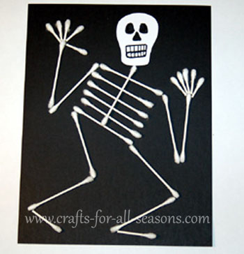 Crafts For All Seasons: q-tip skeleton
