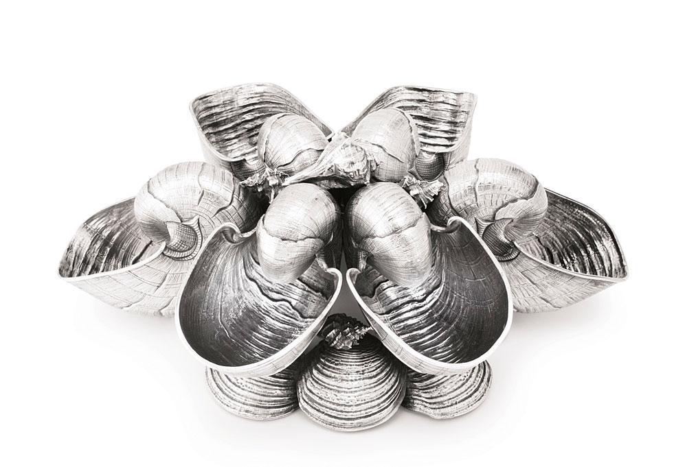ブチェラッティ ( BUCCELLATI )  海をテーマにした 銀製 センターピース