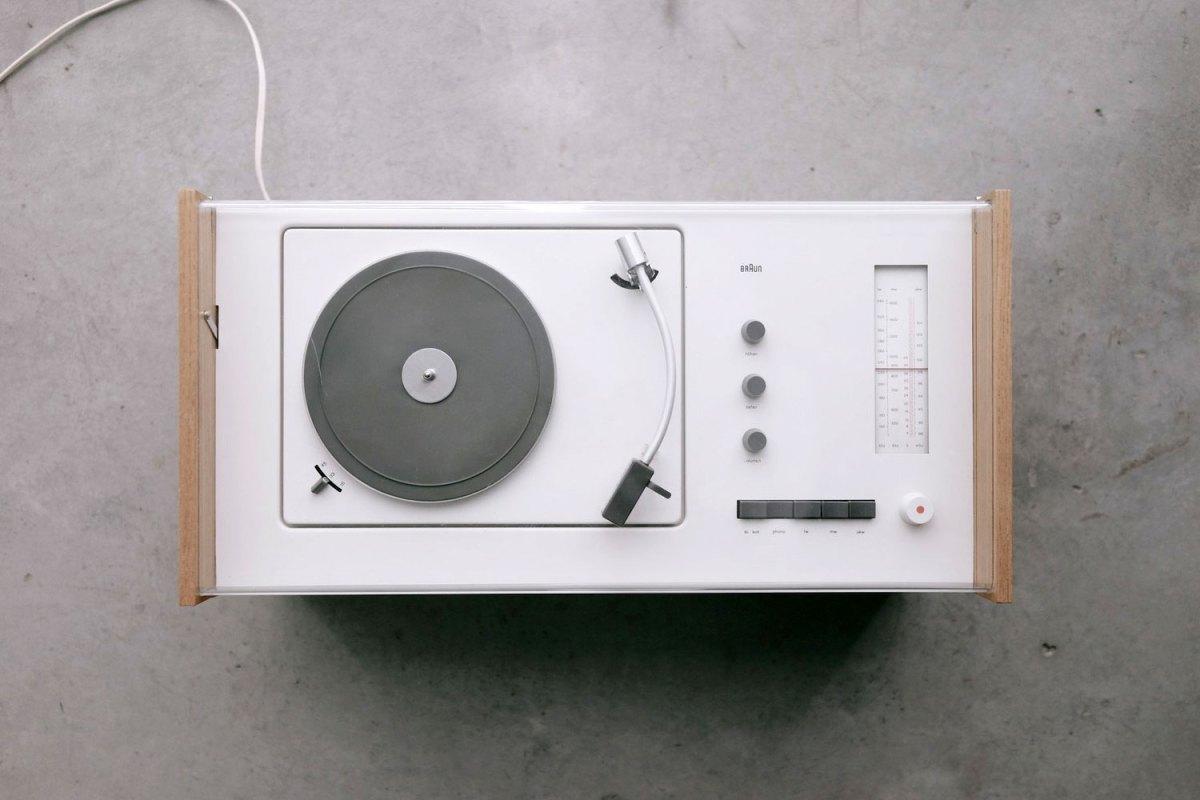 ブラウン ラジオ+レコードプレーヤー SK55