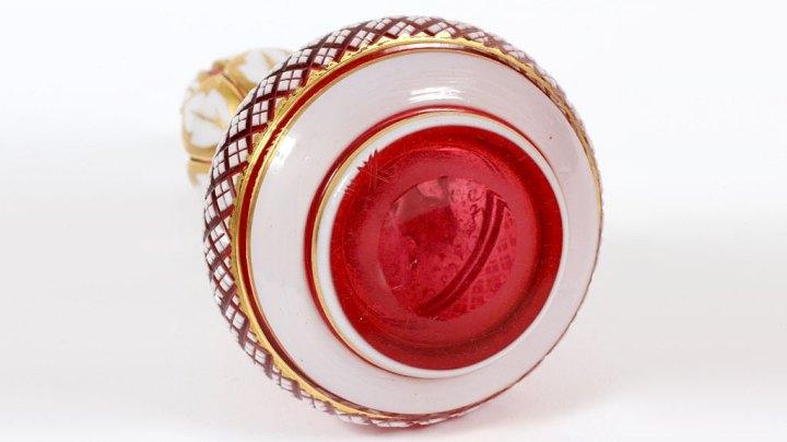 ボヘミアガラス 金彩 オーバーレイ 香水瓶 ( Bohemian Glass Enamel Overlay & Gilt Glass Perfume )