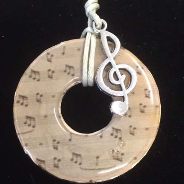 Musical style necklace