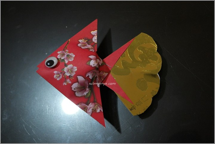 Chinese new year decorations diy fish for Ang pao fish tutorial