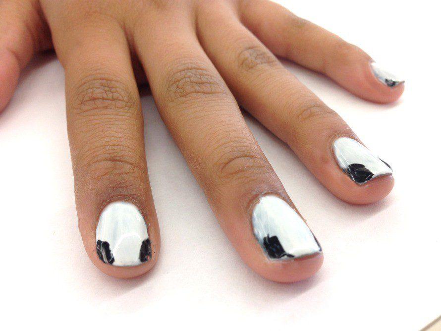skull-nails2