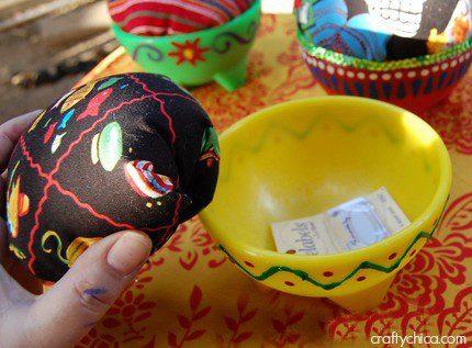 salsa-bowl-pin-cushion4