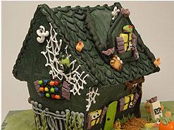 Spooktacular Haunted House-Crafty Activity