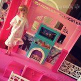 #barbieismoving-13