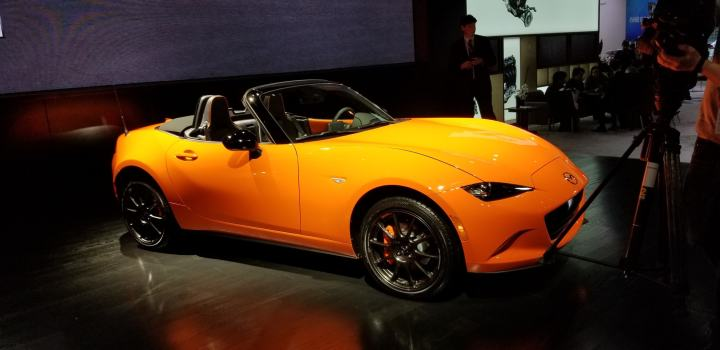 Mazda MX-5 Miata in orange