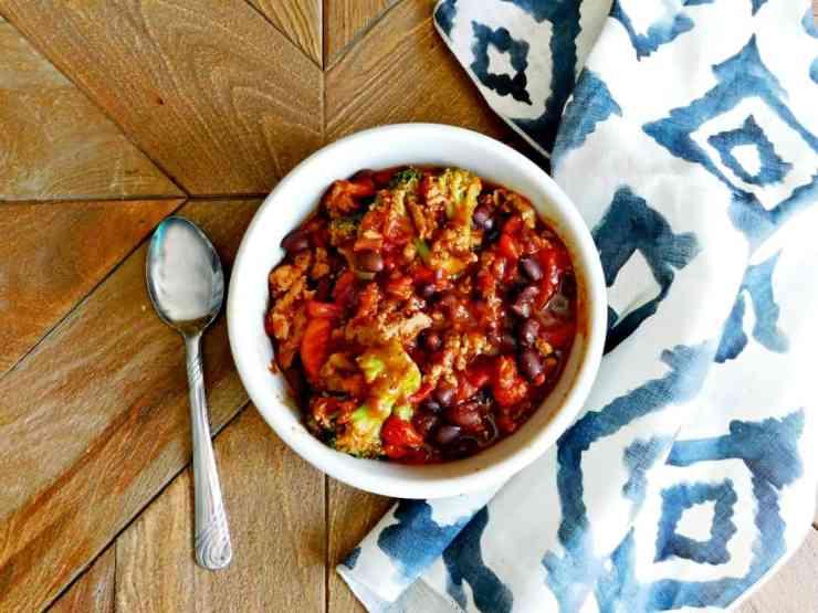 30 Minute One Pan Turkey Chili Recipe