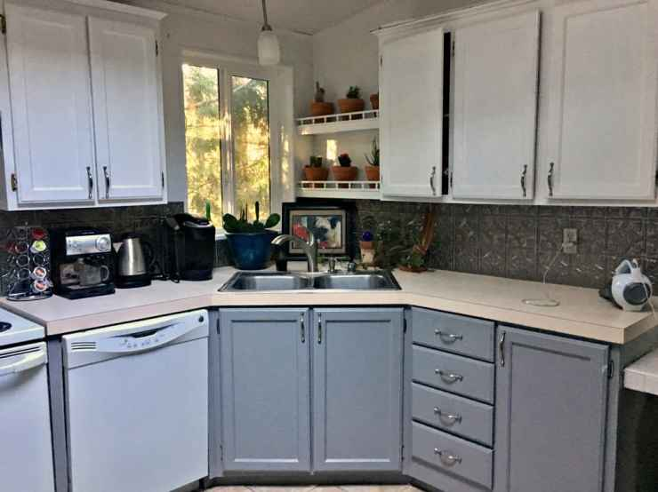 Kitchen Cabinet Makeover- How I Almost Ruined My Kitchen Cabinets