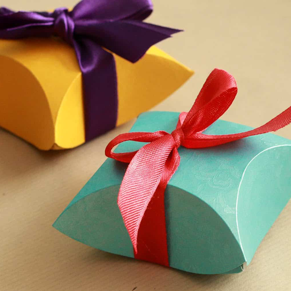 Folded card gift boxes, photo