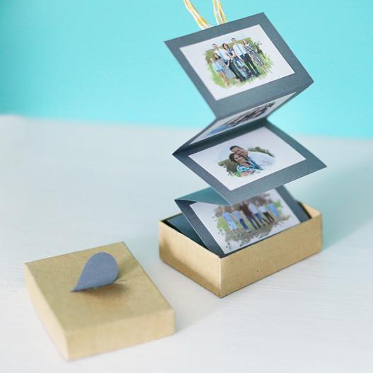 Accordion photo box, photo