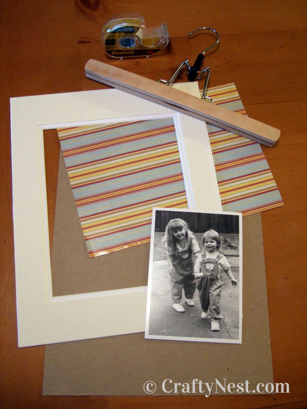 Supplies for hanging the picture, photo
