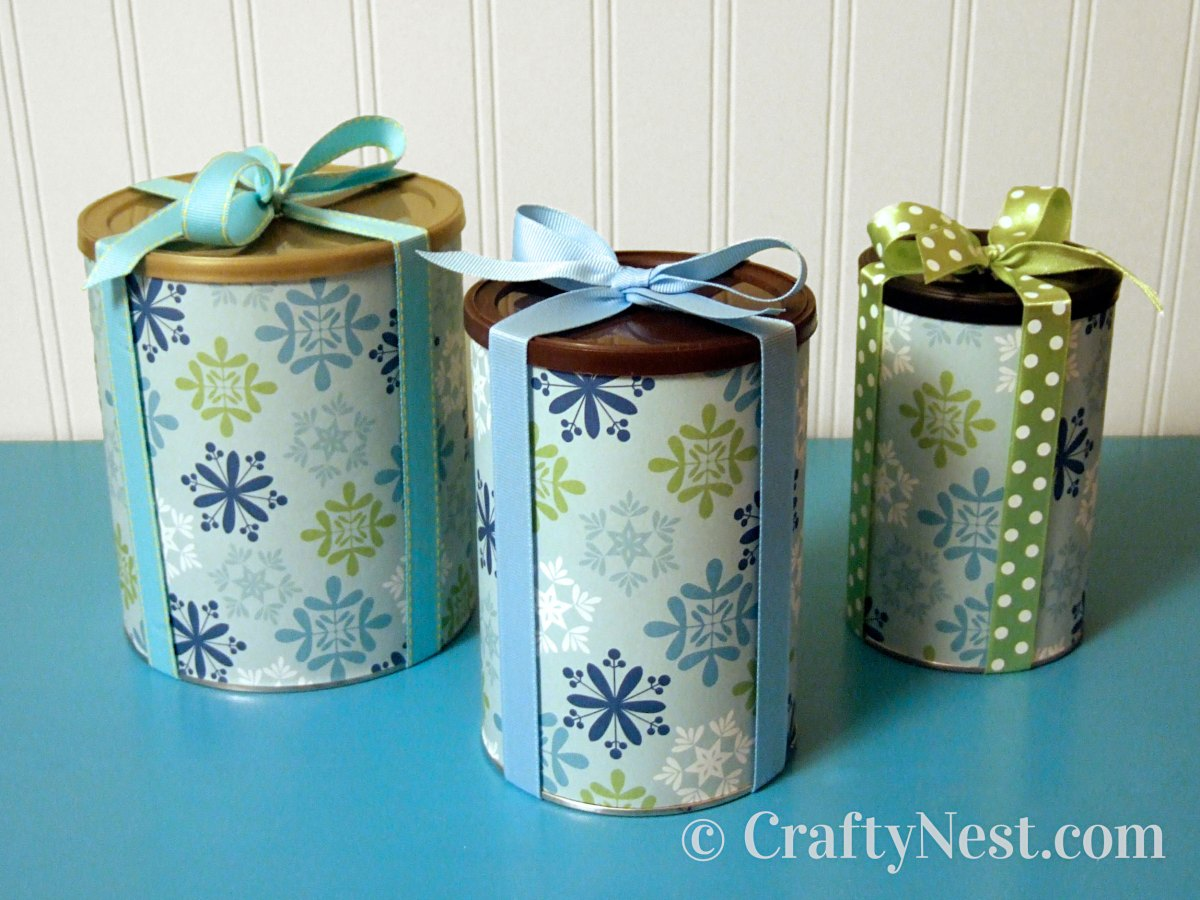 Food canisters wrapped as gifts, photo