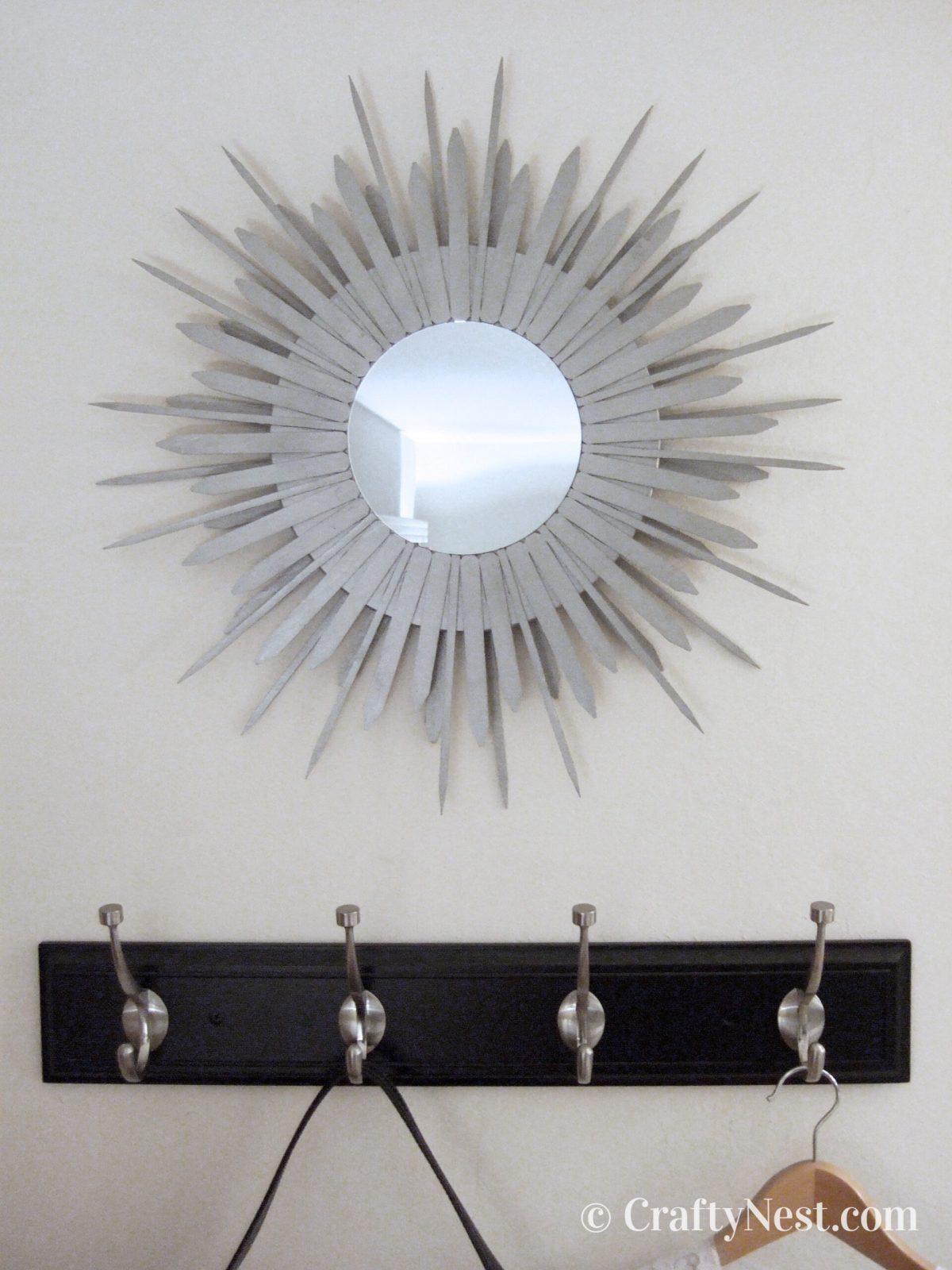 DIY starburst mirror, photo