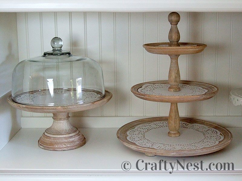 Cake stand and 3-tiered stand, photo