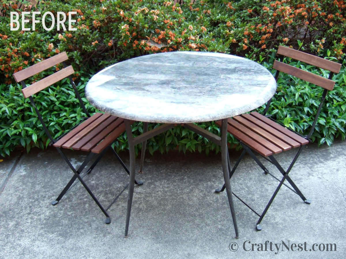 Outdoor table and cafe chairs, before photo