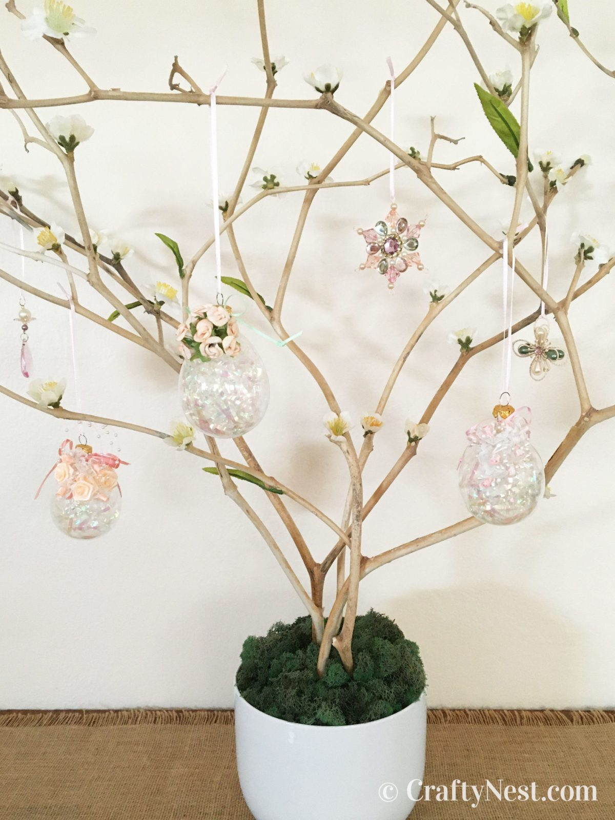 Close up photo of Easter tree