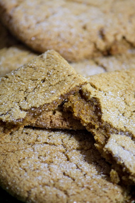 Recipe for delicious soft ginger cookies. The softest and chewiest ginger cookies you'll try. Full of autumn aromas and flavors.