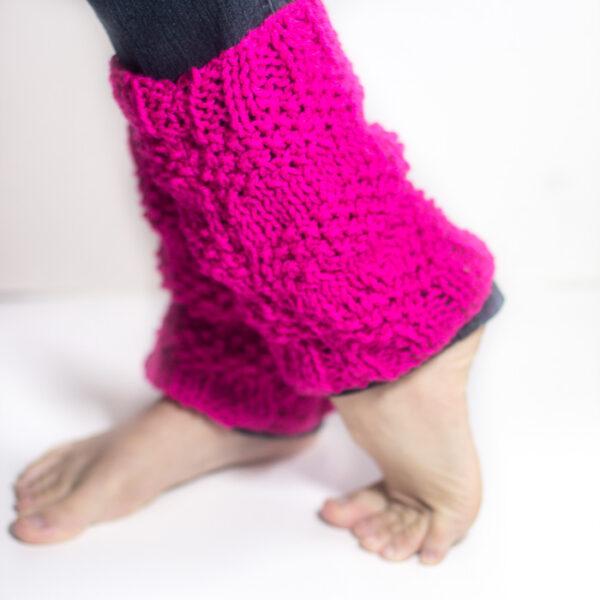 Knit leg warmers, a free knitting pattern