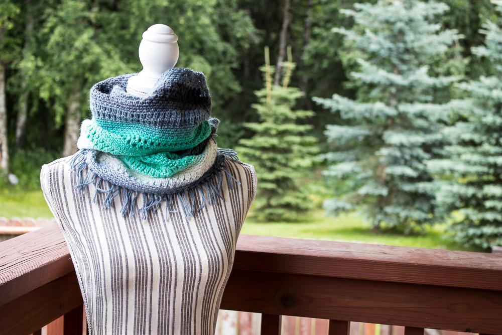 Spring Mandala Cowl free crochet pattern