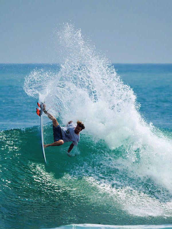 Surf_0028