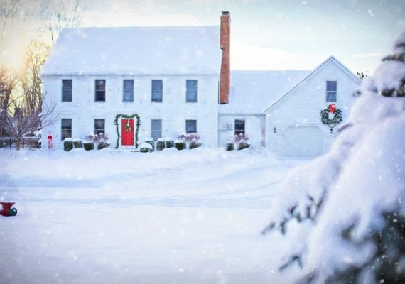 11 Tips for Selling Your House During Winter Months