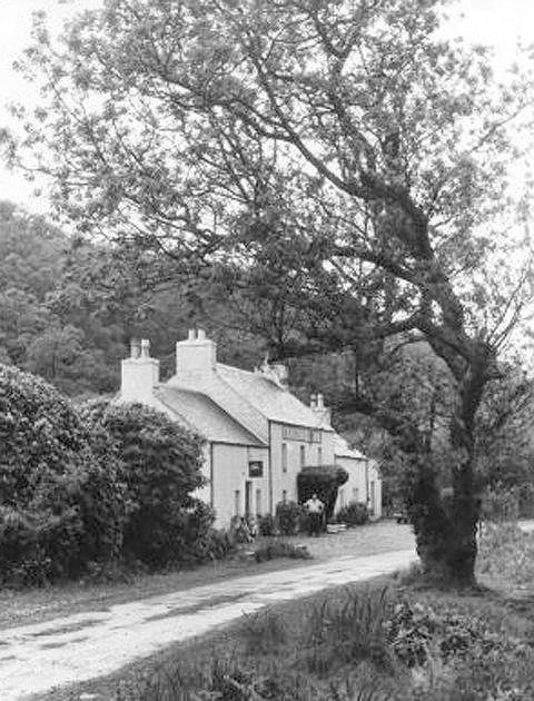 Drovers Inn, Craignure (18th Century) [www.craignure-inn.co.uk]