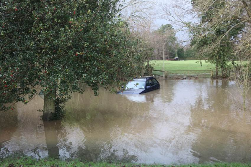 CRANLEIGH SITS ON WEALD CLAY THAT'S WHY IT FLOODS!