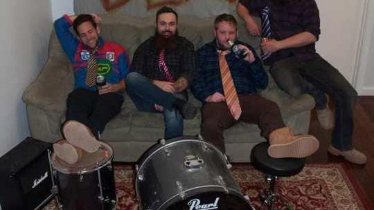 Punktoria presents Punk Is Support