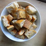 SIMPLE CROUTONS