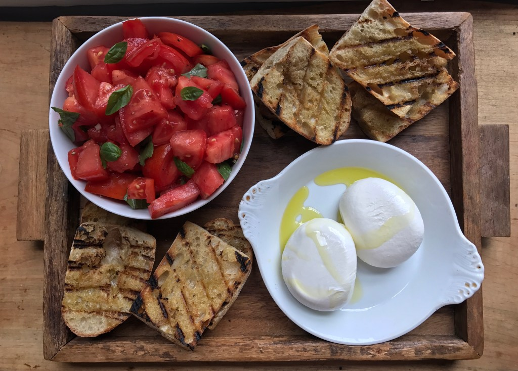 Crate Cooking Summer Easy Basic Simple Recipes Ingredients Tomato Mozzarella Caprese Salad Platter Grilled Bread