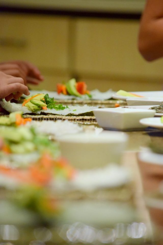 Kid's Sushi Class 7.25.15-045