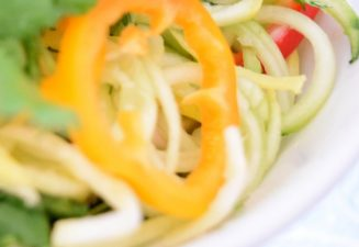 Raw Asian Noodle Salad-009