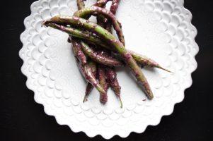 Burgundy Basil Beans-001
