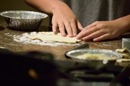 Kid's Pie Making Class 9.19.15-016